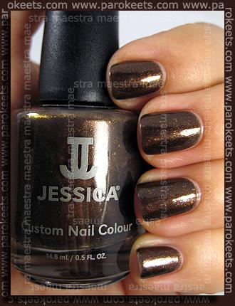 Jessica - Glamorous Gladiator
