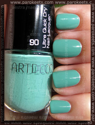 Swatch: Artdeco - Ultra Quick Dry Nail Lacquer - 90 bluish green