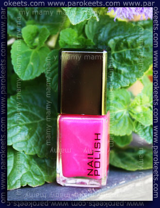 H&M: Material Girl, bottle swatch
