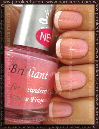 Rival de Loop - Touch Of Pink french manicure with Fauxnad - P32