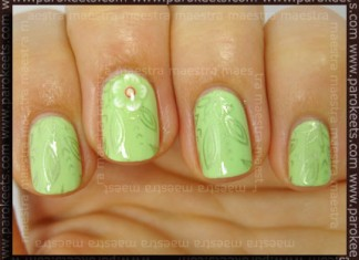 Konadicure: Jessica - Viva La Lime Light + IP A05 with China Glaze - Adore and fimo flower