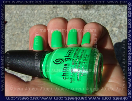 China Glaze: Kiwi Cool-ada, swatch