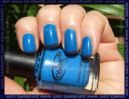 Color Club: Chelsea Girl, swatch