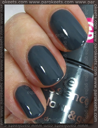 Essence (We Saw It First): Movie Star swatch