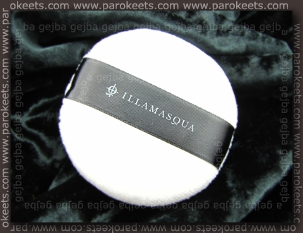 Illamasqua Powdered Metal puff