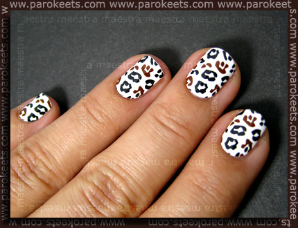 Essence - Nail Fashion Sticker: Just Say Yes! swatch