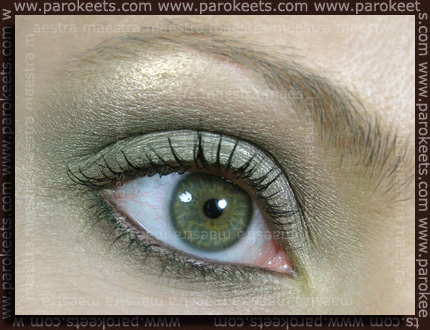 Make up by Maestra with Essence: We Saw It First TE: Quattro Eyeshadow in Rock Angel