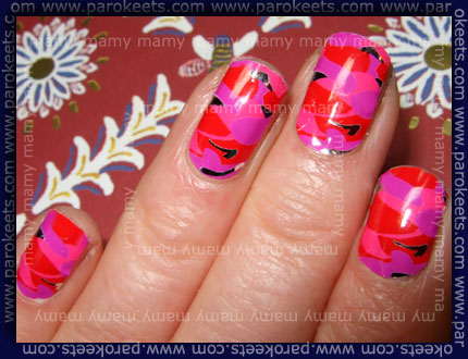 Essence - Nail Fashion Sticker: Drama Queen! swatch