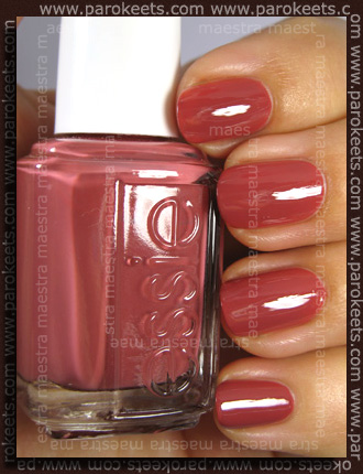 Swatch: Essie Fall 2010 - In Stitches