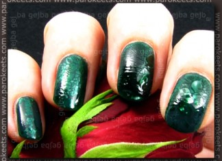 Sephora Prom Nigh + Krackpolish Hunter Green swatch