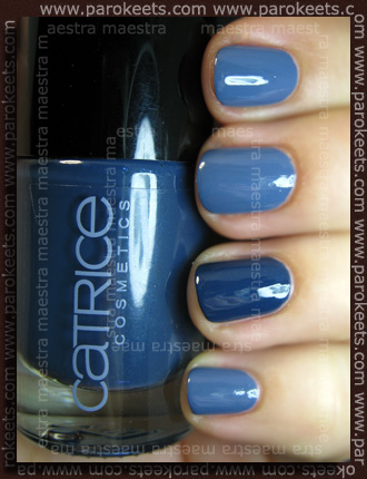 Comparison: ArtDeco - Ceramic Nail Lacquer: 125 vs. Catrice - Hip Queens Wear Blue Jeans