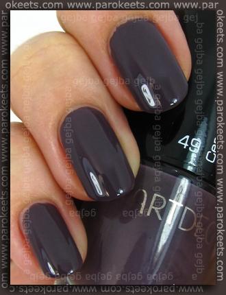 Swatch: ArtDeco - Ceramic Nail Lacquer: 49