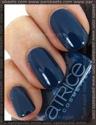 Swatch: Catrice - Hip Queens Wear Blue Jeans