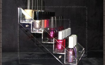 Magnetic: nail polish display (side)