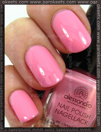Alessandro It Girl LE: Pretty Ballerina swatch by Parokeets