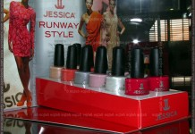 Celje 2011 - Jessica Runway Style stand by parokeets