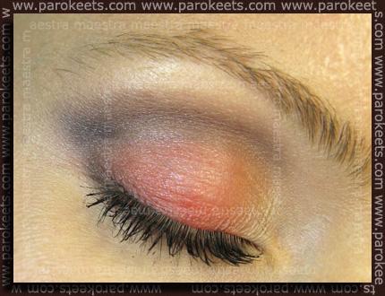 Essence - I Love Berlin: Style Victim palette make-up by Maestra