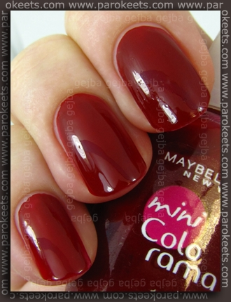 Maybelline mini Colorama: Candy Apple swatch