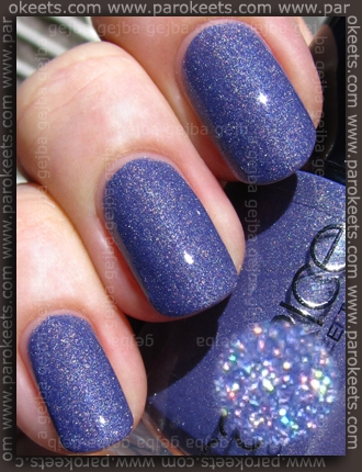 Catrice Dirty Berry swatch by Parokeets