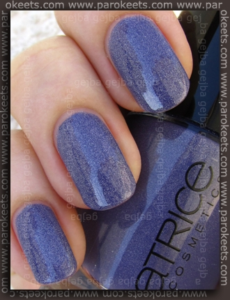 Catrice Dirty Berry swatch