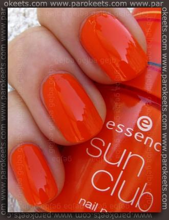 Essence Bondi Beach - BBC Orange Sunset swatch by Parokeets
