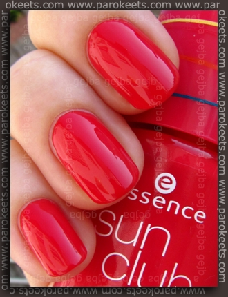 Essence Bondi Beach - BBC Pink Heat swatch by Parokeets