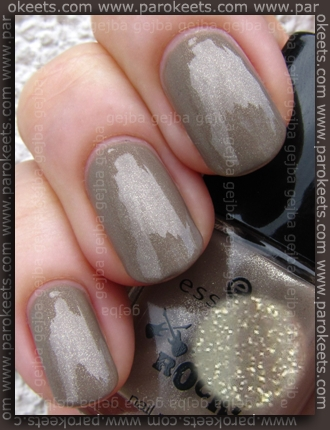 Essence You Rock LE - Cut Off The Beige swatch