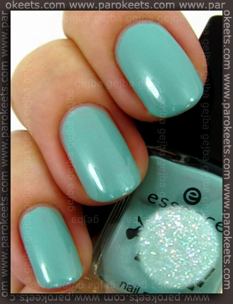 Essence You Rock LE - Kings Of Mints swatch
