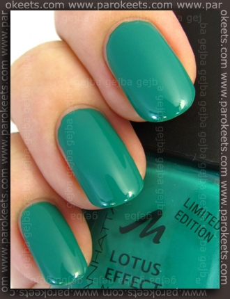 Manhattan Hands Up LE - Green Piece swatch by Parokeets