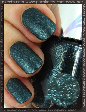 Catrice Out Of Space LE - Beam Me Scotty! swatch by Parokeets