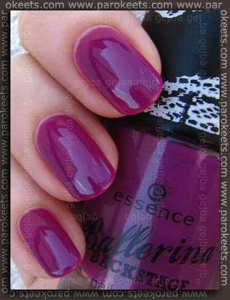 Essence Ballerina Backstage LE - Do A Floating Pirouette swatch