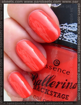 Essence Ballerina Backstage LE - On Your Gracile Tiptoe swatch