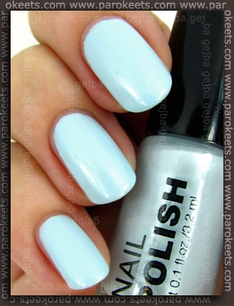 H&M Summer Nails nail polishes 2011 - Light Blue swatch by Parokeets