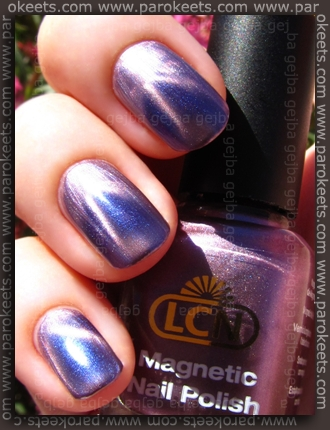 LCN Magnetic - Fuschia Attraction swatch by Parokeets