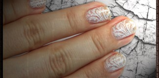 Ice Queen konadicure: Essence - Hello Holo and Konad IP m63 with Konad Special Polish in White Pearl