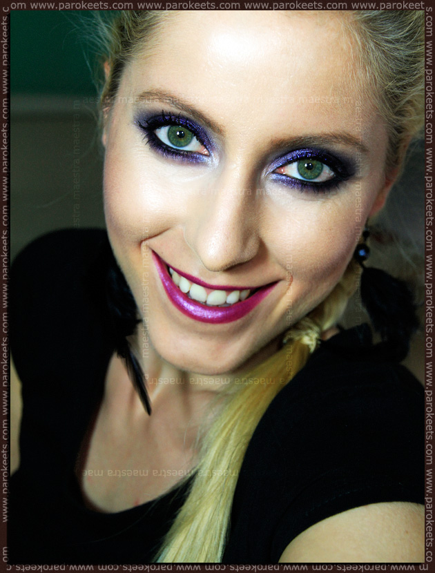 Make-up: Purple Smokey Eyes by Maestra