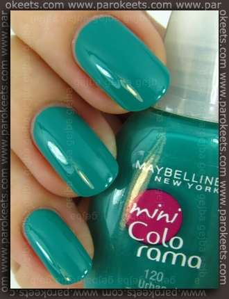 Maybelline mini Colorama: Urban Turquoise swatch