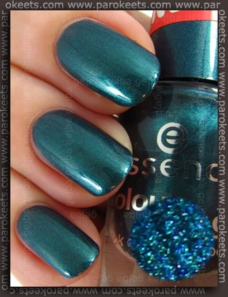 Essence In Style nail polish swatch