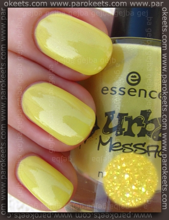 Essence Urban Messages TE Wall Of Fame swatch by Parokeets