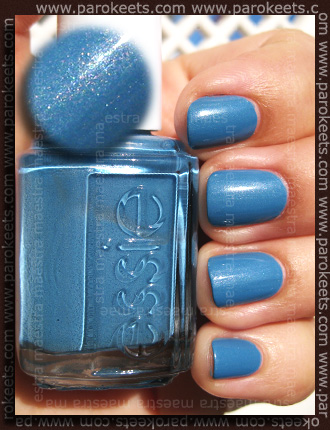 Essie - Coat Azure (2 coats)