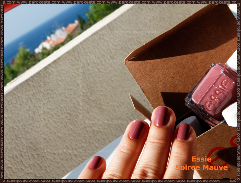 Mix of the day - 2011 09 30: Essie - Soiree Mauve (2 coats)