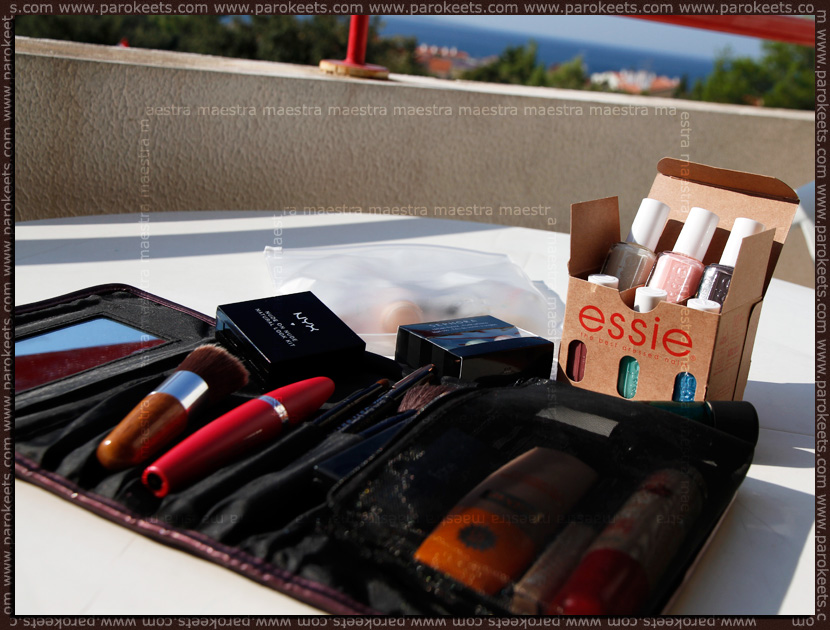 Mix of the day - 2011 09 30: Make up Bag