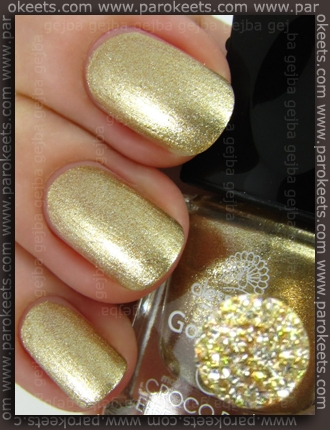 Alessandro Go Magic! - Croco Glam LE gold base swatch