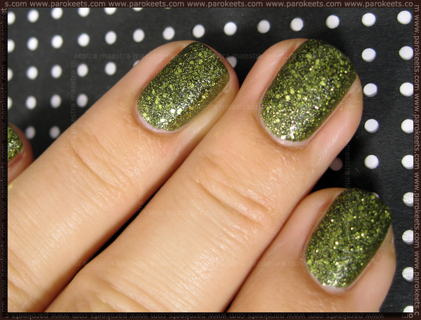 Swatch: China Glaze (Haunting Halloween 2011 LE) - It's Alive (2 coats)