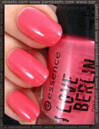 Essence I Love This City (pink challenge) by GEJBA swatch
