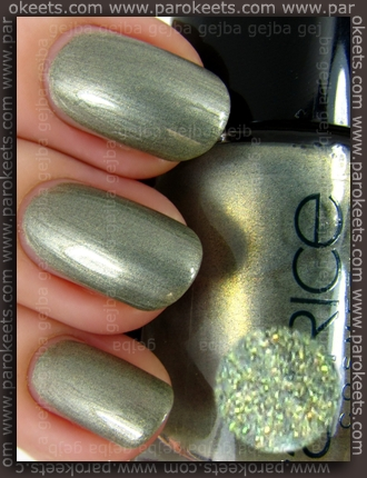 Catrice Khaki Perry swatch