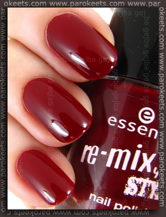 Essence Re-Mix Your Style: Light My Fire swatch
