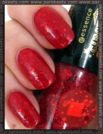 Essence Circus Circus TE - Applause, Applause nail polish swatch