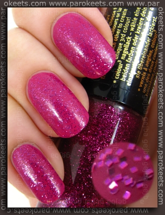 Essence Circus Circus TE - Cotton Candy nail polish swatch