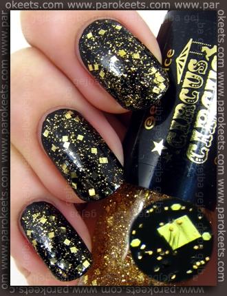 Essence Circus Circus TE - My Sparkling Acrobat nail polish swatch